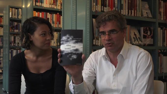 Amina Abdulkadir mit Urs Heinz Aerni im Gespräch